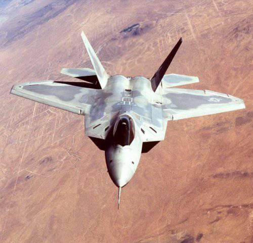 Глава Пентагона рассказал о недостатках истребителя F-22 Raptor