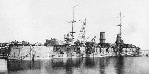 Почему Ленин и Троцкий утопили русский флот (Часть  1)