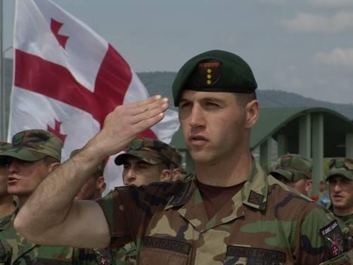 За счет помощи из-за рубежа режим Саакашвили за два года восстановил военный потенциал Грузии