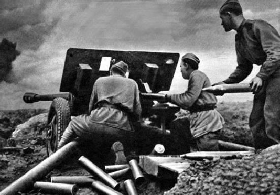 """Курская битва, или операция  """"Цитадель """", стала переломным моментом ,и занимает в Великой Отечественной войне особое..."""