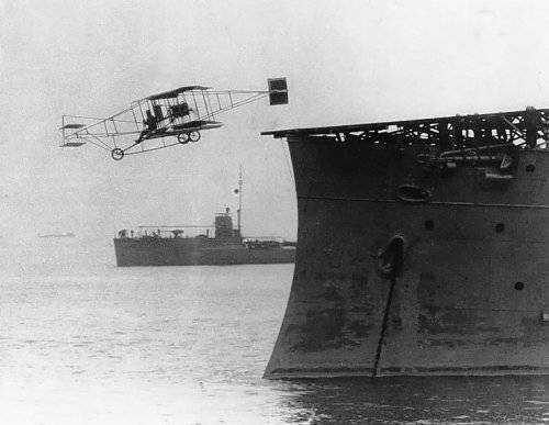 1281871848_first_airplane_takeoff_from_a_warship.jpg