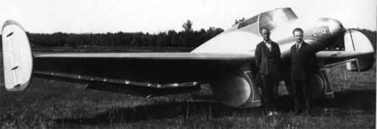 Несовершенство летательных аппаратов того времени явилось для пилота побудительным мотивом к созданию самолетов новых...
