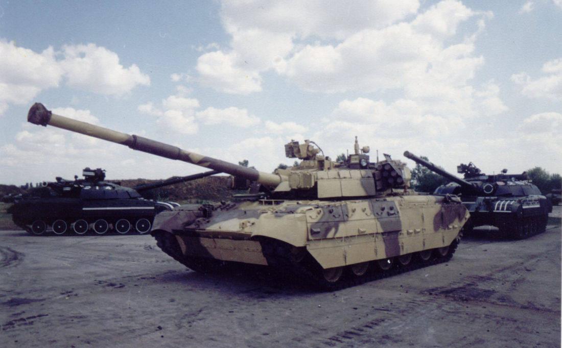 В абу даби танк с самой мощной броней