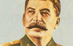 रूस स्टालिन को नकार नहीं सकता
