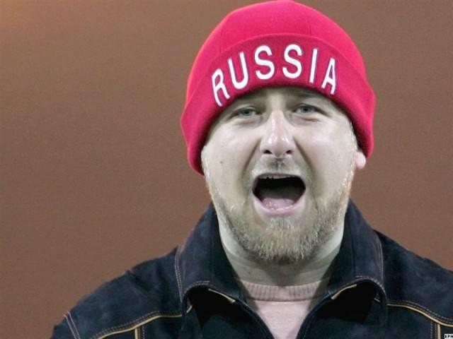 «Не брат ты мне, гни*а черномазая!» В Москве прошла первая публичная дискуссия русских националистов с чеченцами