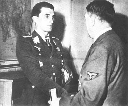 """Doğu Cephesinden Luftwaffe'nin """"sahte"""" aslarının efsanesi"""