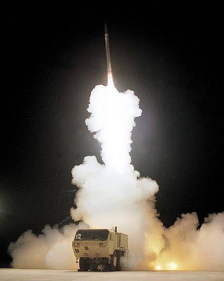 D'ici l'année 2015, l'OTAN sera en mesure de bloquer une frappe nucléaire de représailles de la Fédération de Russie?