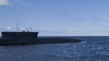 """Denizaltı """"Yuri Dolgoruky"""", """"Bulava"""" da görev yapmak için denize gitti."""