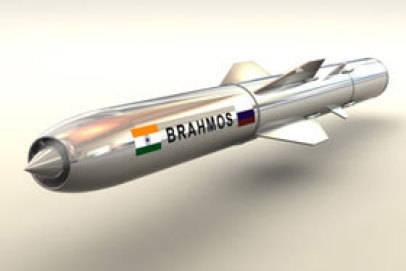 "एक साल के भीतर रूसी-भारतीय उद्यम ""ब्रामोस"" एपिफायर क्रूज मिसाइल का एक हाइपरसोनिक संस्करण विकसित करना शुरू कर देगा"