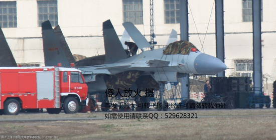American experts have identified the capabilities of the Chinese carrier-based fighter J-15 and did not rule out the appearance of the twin-engine deck-mounted J-10