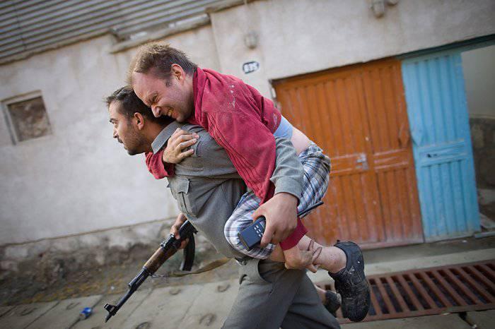 Самый охраняемый отель в Афганистане захватили 6 человек... и это на фоне вывода войск США