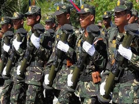 Les Chinois abandonnent le lance-grenades russe et s'arment