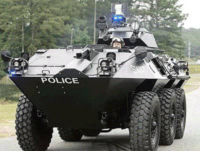 Pourquoi les chars de police américains?