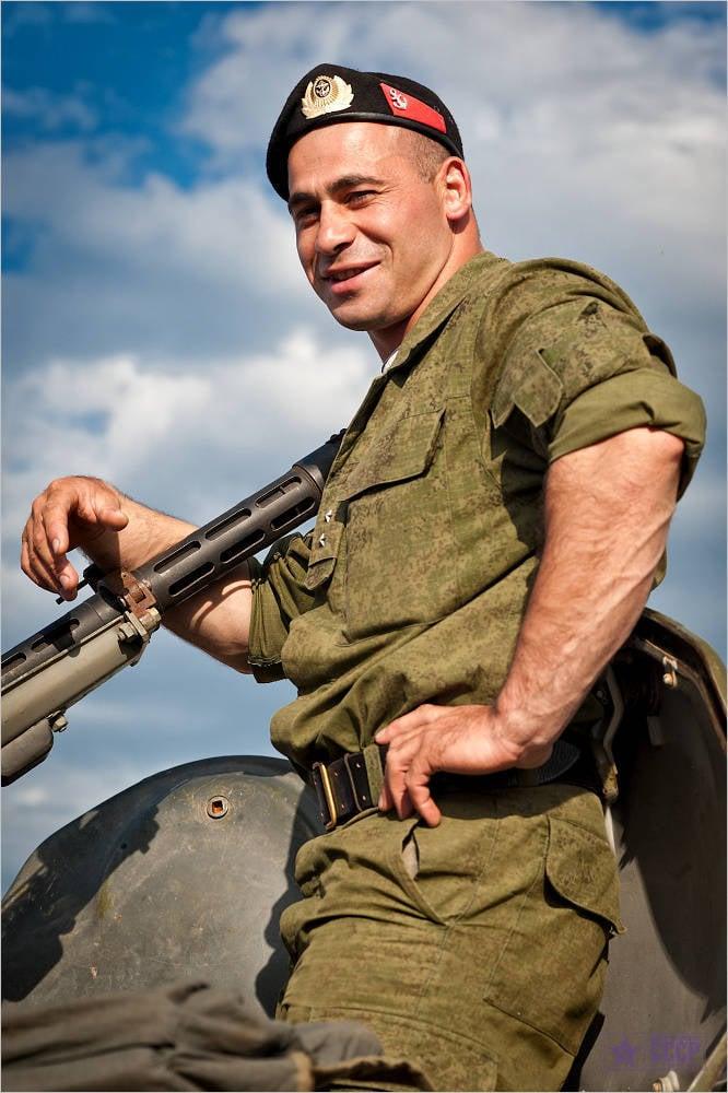 Картинка мужика военного