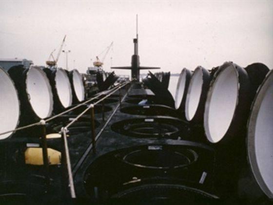 Les États-Unis n'ont pas d'argent pour la construction de porte-avions perfectionnés et de sous-marins SSBN (X)