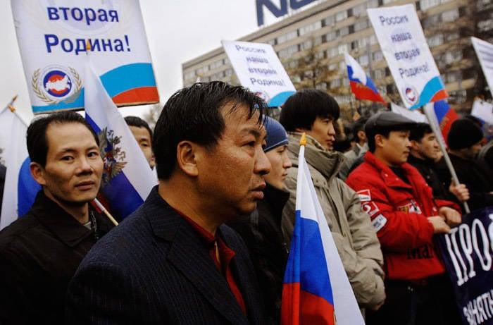 Arme «ethnique»: les Russes en Russie ne sont plus 80, mais 66%?