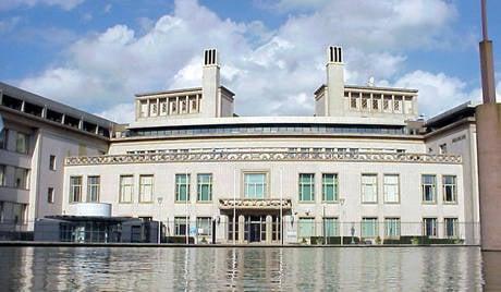 Le tribunal de La Haye est dirigé par la CIA et MI6