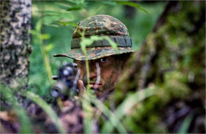 关于空降兵特种部队作战小组
