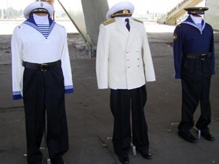 """水手们谴责Yudashkin的新表格:""""更容易淹死"""",而不是将其从水中取出"""