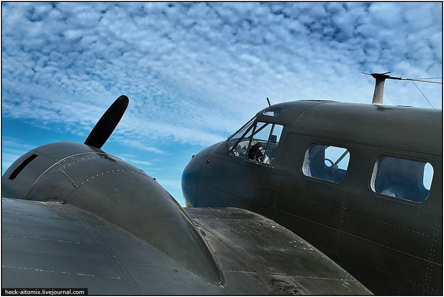 炸弹和炸弹 - 汉密尔顿航展