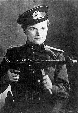Evdokia Zavaliy - the only female commander of a marines platoon during World War II