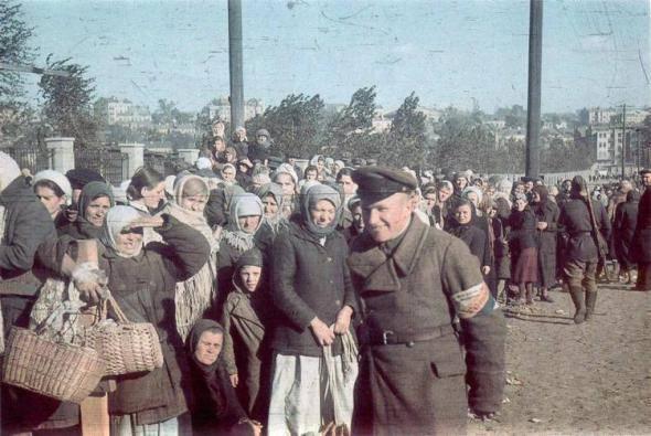 La vie dans l'occupation: Notes de l'officier russe de l'Abwehr