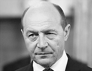 Basescu saldırıya geçti