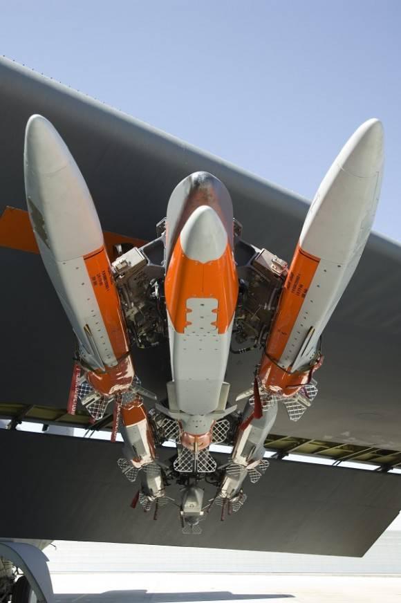 """""""MALD-J"""" - 美国战斗机的新防御"""
