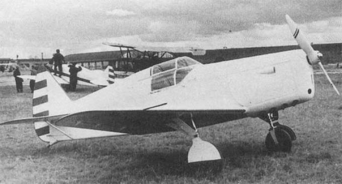 Avión soviético desconocido
