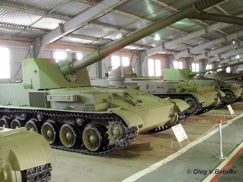 "Anti-tank mastodons: SU-152P and Object 120 ""Ram"". USSR"