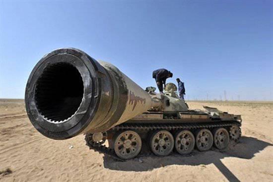 全球武器出口到2003-2010的价值。 达到321十亿美元