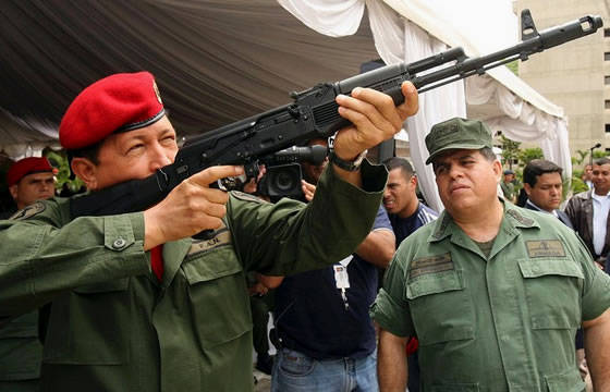 La production des machines AK-103 au Venezuela débutera à 2012