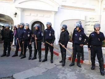 Алжир на пороге новой гражданской войны