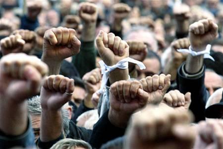 Ukrayna'da kitlesel isyanlar