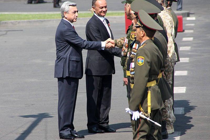 Bağımsız Ermenistan'ın 20 yılı - askeri geçit töreni