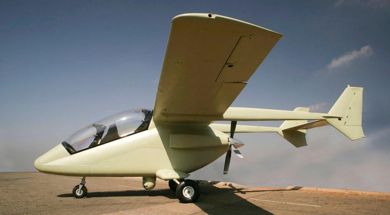 Самолёт AHRLAC http://topwar.ru/7257-ahrlac-novyy-boevoy-samolet.html - Южноафриканский самолёт AHRLAC совершил первый официальный полёт | Военно-исторический портал Warspot.ru
