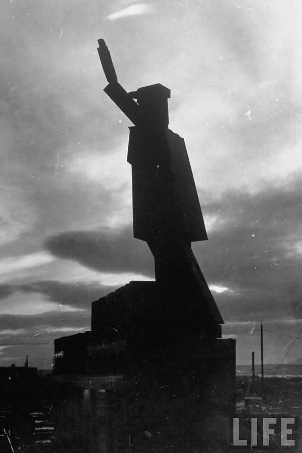 मार्गरेट बेर्क-व्हाइट (1931-1941) की आंखों के माध्यम से रूस: मैग्नीटोगोर्स्क, ज़ीरक्सा वर्ष