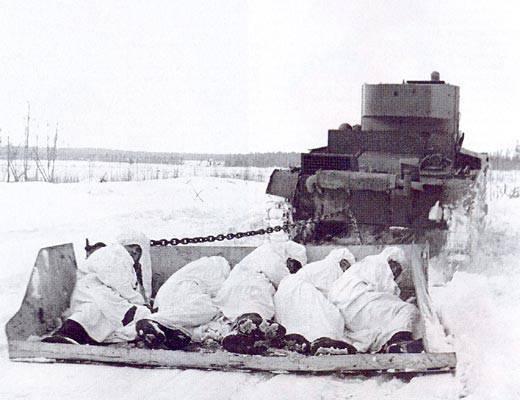 La guerre soviéto-finlandaise a été rendue difficile par le manque de chaussures d'hiver pour les deux armées.