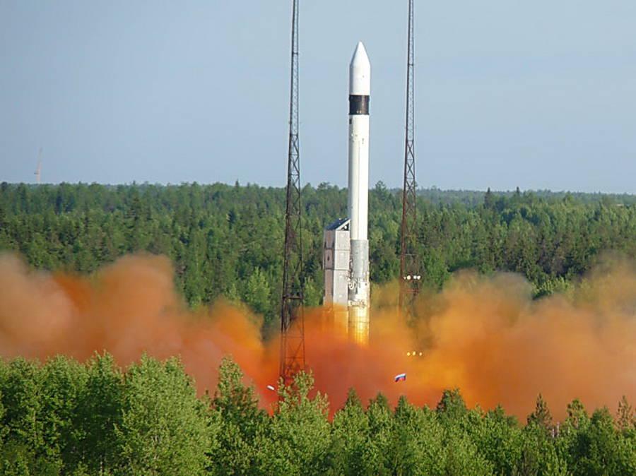 Forces spatiales: les lancements de missiles Rokot reprendront bientôt