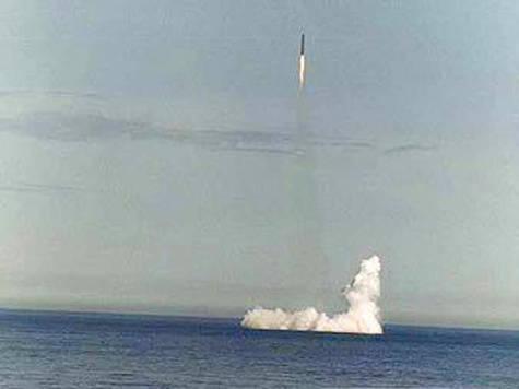 """""""Liner"""", missile stratégique basé en mer, essais terminés"""