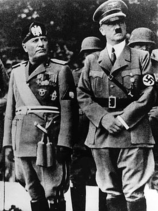 http://topwar.ru/uploads/posts/2011-10/1318014663_benito_mussolini_and_adolf_hitler.jpg