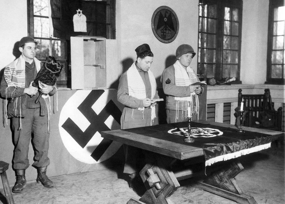 Вторая мировая война падение