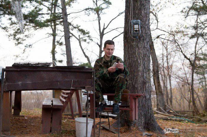 Les recrues attirées à l'OTAN pour 500 roubles par jour et iPad 2