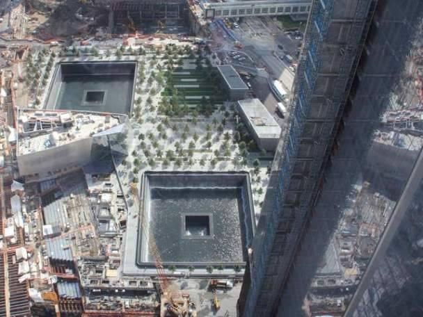 İkiz kuleler yerine Anıt açıldı