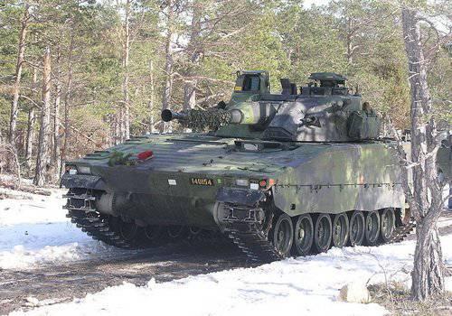 CV 90 - la famille suédoise de véhicules de combat à châssis en uniforme