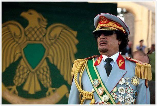 Kaddafi'siz Libya: Sırada ne var?