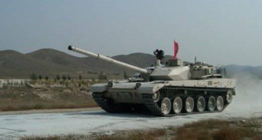 中国用一个从内部生锈的新坦克惊讶世界
