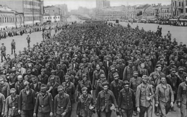 Prisonniers de guerre de la seconde guerre mondiale
