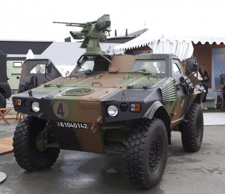 Panhard français VBL Mk 2 s'installe en Russie