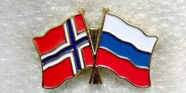 """Tom Christiansen: """"I russi ci stanno rovinando, ci stanno privando dei mezzi di sussistenza"""": le relazioni russo-norvegesi nell'alto nord con 1820."""